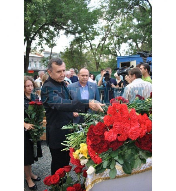 В Криму попрощалися з Василем Джарти