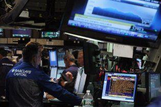 Американские биржи сразу после открытия обвалились на 4-5%