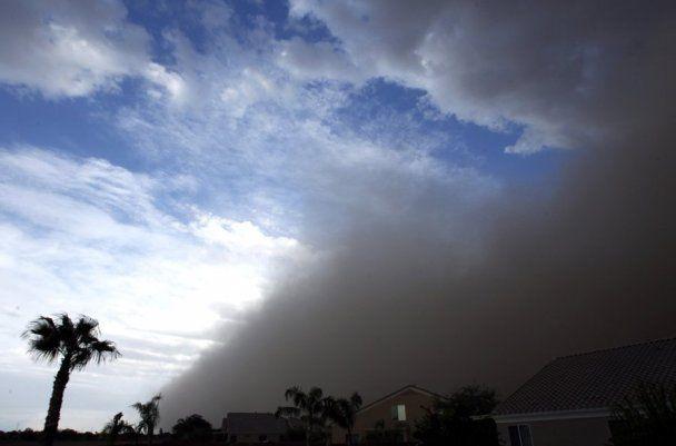 Піщана буря накрила американський штат Аризона