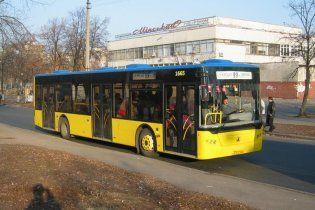 ДТП в Киеве: водитель автобуса потерял сознание за рулем
