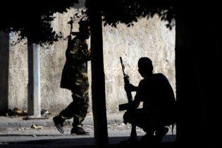 Повстанці захопили частину рідного міста Каддафі