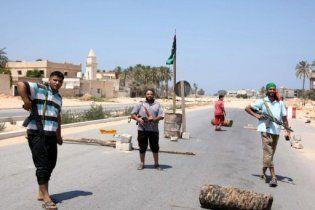 Лівійські повстанці зайняли аеропорт рідного міста Каддафі