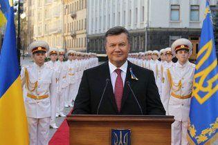Янукович выпустит из тюрьмы матерей с детьми и несовершеннолетних