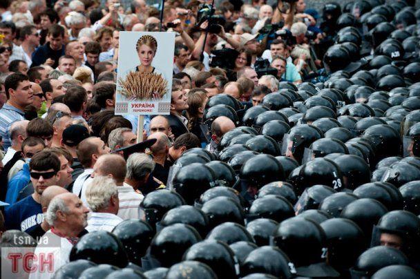МВД возбудило дело по факту хулиганства в День независимости