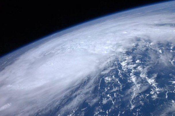 США готовится к самому мощному за 15 лет урагану