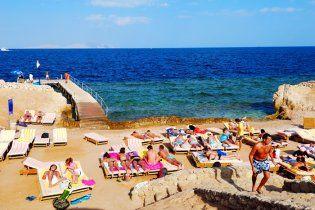Єгипет хоче заборонити туристам алкоголь і бікіні