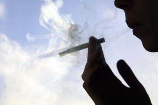 Сигарети знову можуть подорожчати