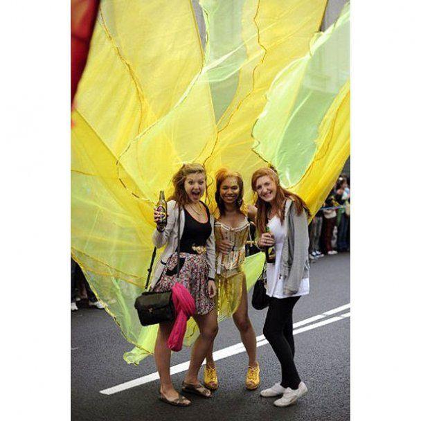 Найбільший карнавал Європи Ноттінг-Хілл у Лондоні