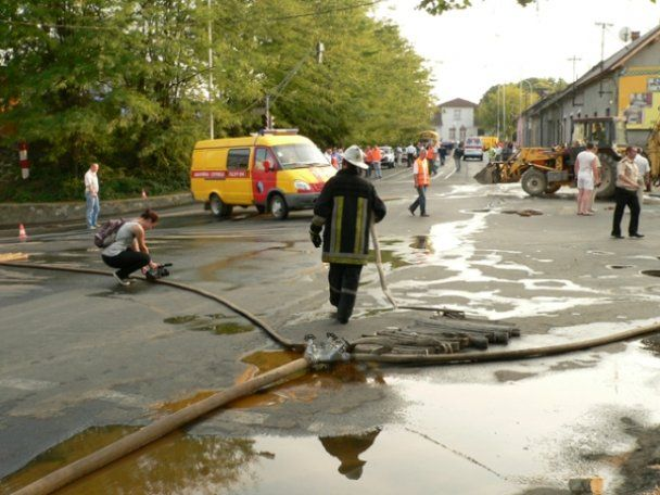Мощный взрыв в Ужгороде оставил город без газа, света и воды