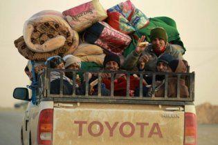 Тысячи ливийцев бегут из Сирта