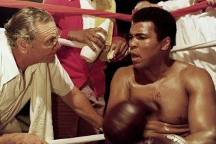 """""""Мікеланджело боксу"""": мрію знайти боксера, здатного побити Кличків"""