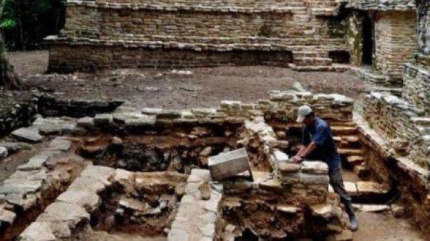 В Мексике найден дворец майя, которому две тысячи лет