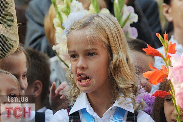 Первые звонки прозвучали в школах по всей Украине