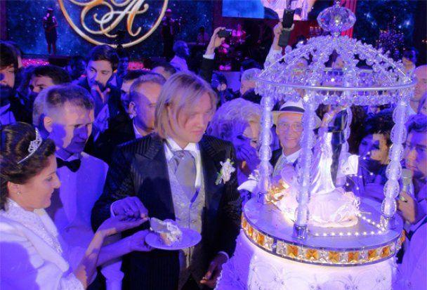 Сына российской примадонны Надежды Кадышевой избили на собственной свадьбе