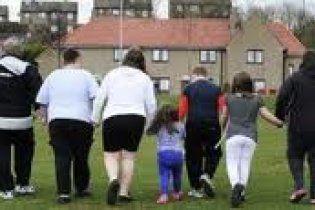 Впервые у родителей отобрали 4 детей из-за ожирения