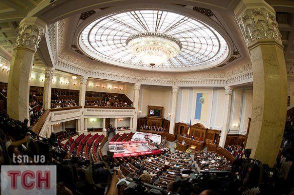 БЮТ бойкотував виступ Януковича у Верховній раді_25