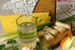 Львівським депутатам заборонили пити горілку на роботі