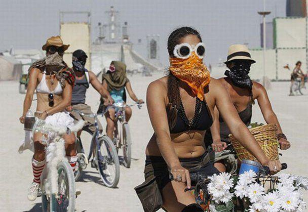 Пустельний 25-ий фестиваль Burning man 2011
