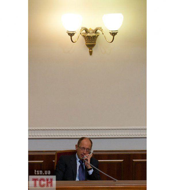 Другий день у Верховній раді: БЮТ прогуляв засідання