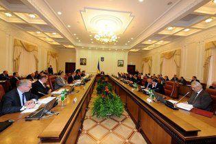 Азаров заставит министров вести блоги
