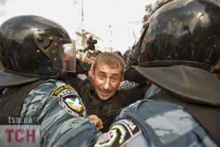 """Жестокая расправа """"Беркута"""" над активистом довела его до больницы"""
