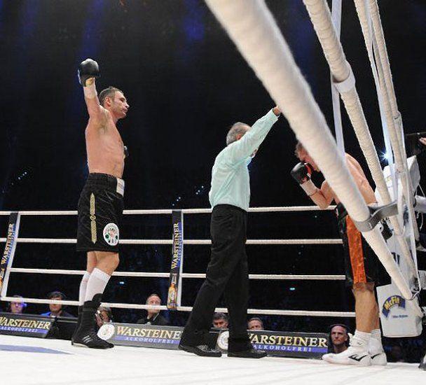 Чемпіонський нокаут: Віталій Кличко і Томаш Адамек