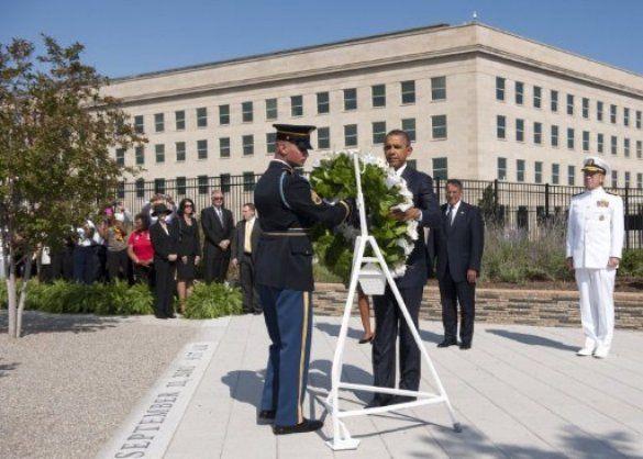 Барак Обама поклав вінок до меморіалу жертв терактів 9/11_2
