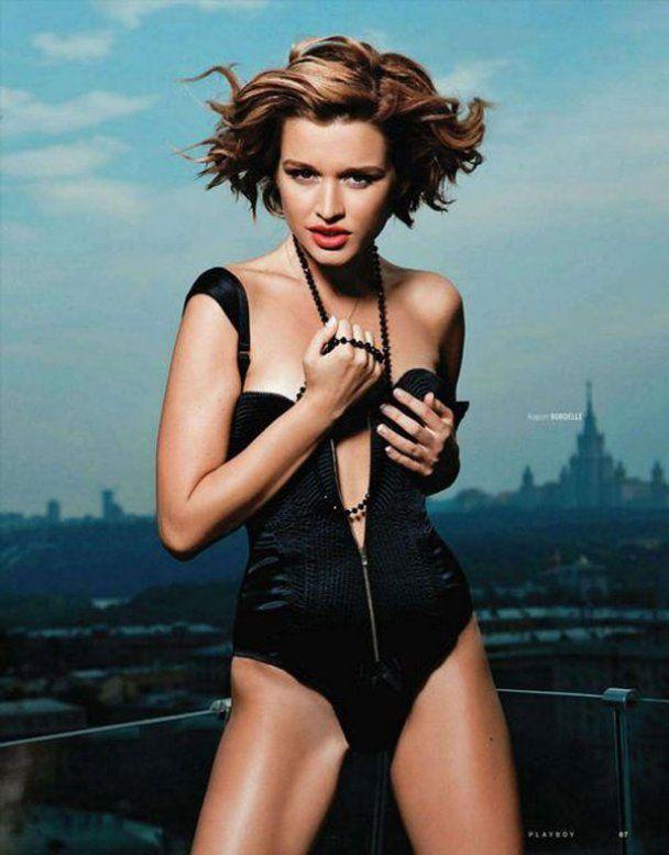 "Ведуча ""Дом-2"" в еротичній фотосесії для Playboy"
