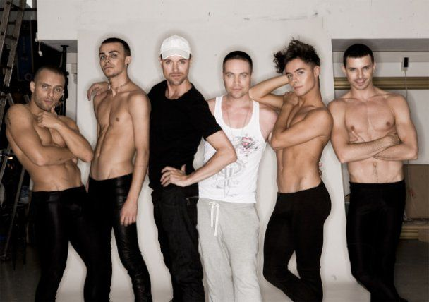 "Украинские ""Kazaky"" снялись на каблуках для гей-журнала"