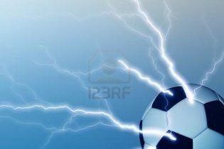 Блискавка вбила двох футболістів під час матчу в Камеруні