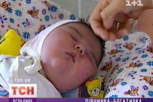 В Киеве родился младенец-богатырь весом в 5 килограммов