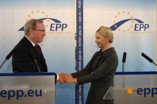 Европейские друзья Тимошенко хотят ей подбросить бельгийских врачей