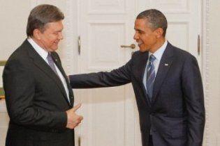 """Янукович закликав з ядерними """"подарунками"""" наслідувати приклад України"""
