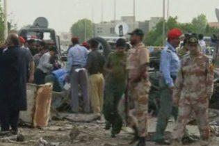 Смертник підірвав будинок начальника поліції в Пакистані