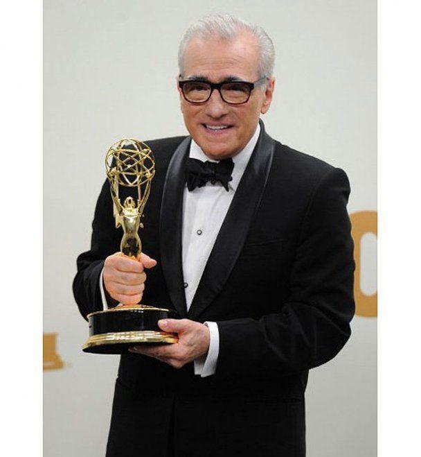 Голливудские красотки на красной дорожке Emmy Awards
