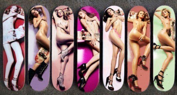 В Швейцарии продают доски для скейтборда с изображением обнаженных моделей