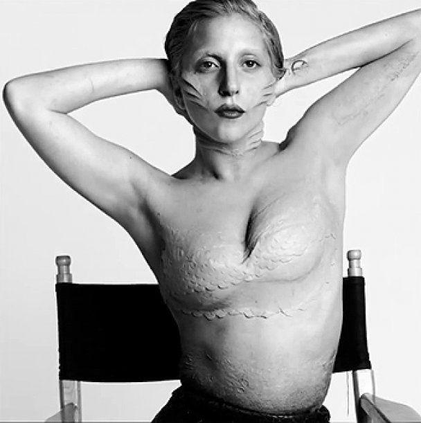 Lady Gaga одягла риб'ячий хвіст і стала русалкою