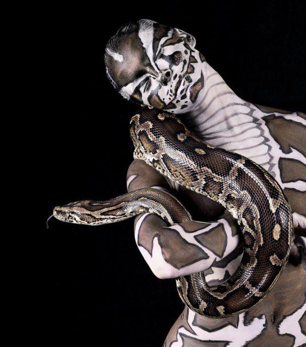Фотограф Лінетт Ньювелл відкрив у моделях тваринні інстинкти