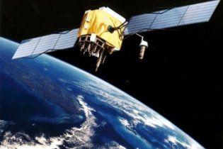 В выходные на Украину может свалиться двухтонный немецкий спутник