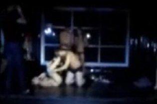 Російські абітурієнти після посвяти влаштували секс-оргію у клубі (відео)