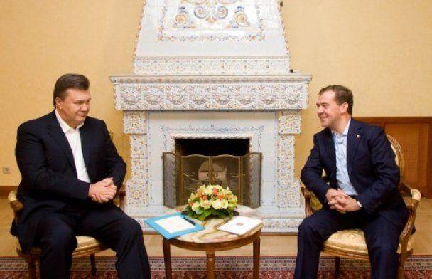 """Зустріч Януковича з """"тандемом"""": вино, форель і риболовля"""