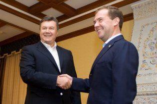 """Медведеву в Донецке покажут """"умный дом"""" и нанотехнологии"""