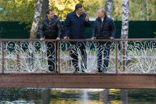 """Янукович побачив прогрес у переговорах з """"тандемом"""""""