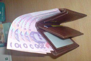 У Криму фальшиві двохсотки продавали по 70 грн.