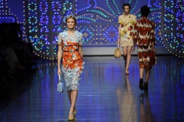 Dolce & Gabbana на MFW вызывали у зрителей аппетит