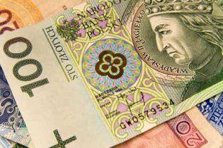 Самой дешевой валютой ЕС стал польский злотый