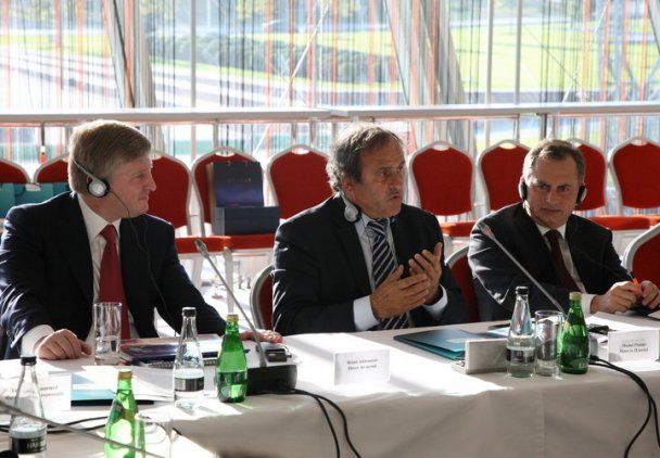 Платіні відвідав Україну з інспекцією напередодні Євро-2012