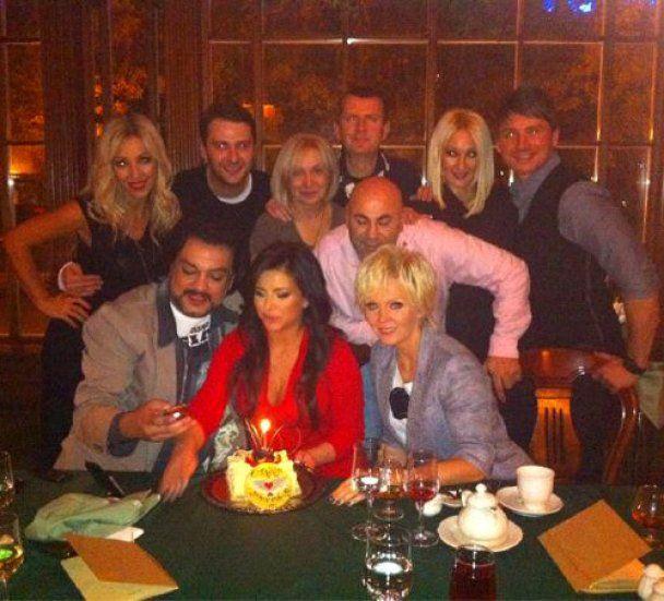 В свой день рождения Ани Лорак променяла мужа на Киркорова