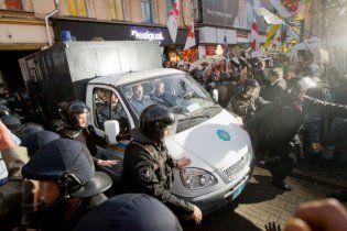 Тимошенко привезли до суду