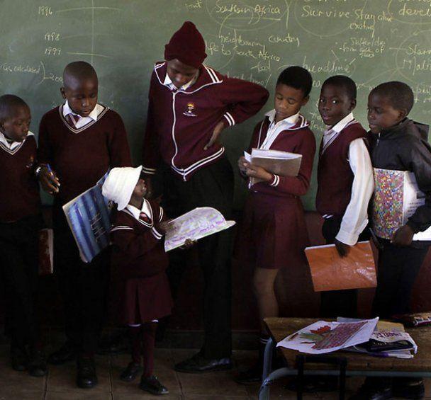 В Южной Африке проживает 12-летняя девочка-бабушка